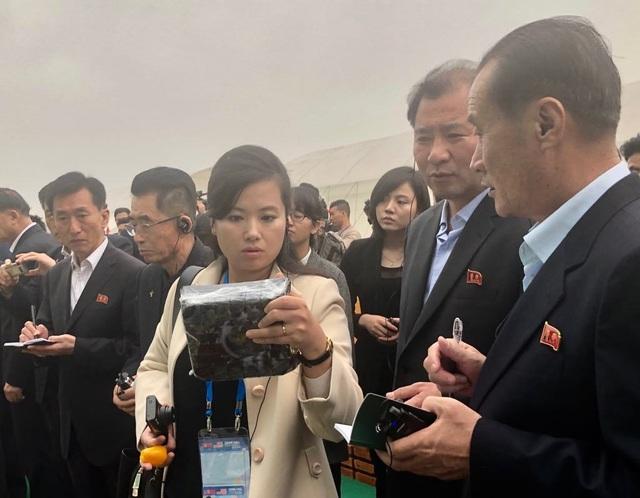 Đoàn Triều Tiên thăm tổ hợp sản xuất ô tô, nông nghiệp công nghệ cao tại Hải Phòng - 8