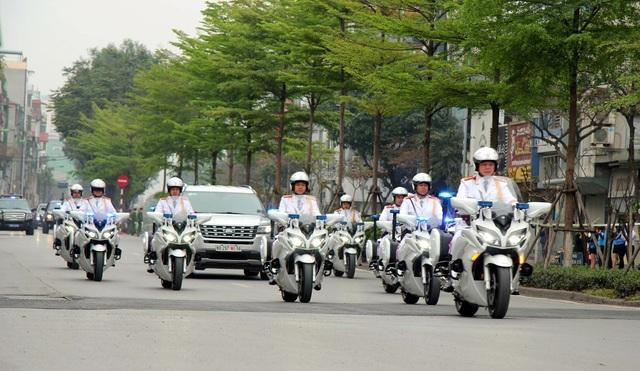 Hình ảnh hoạt động đầu tiên của Tổng thống Donald Trump tại Việt Nam - 17