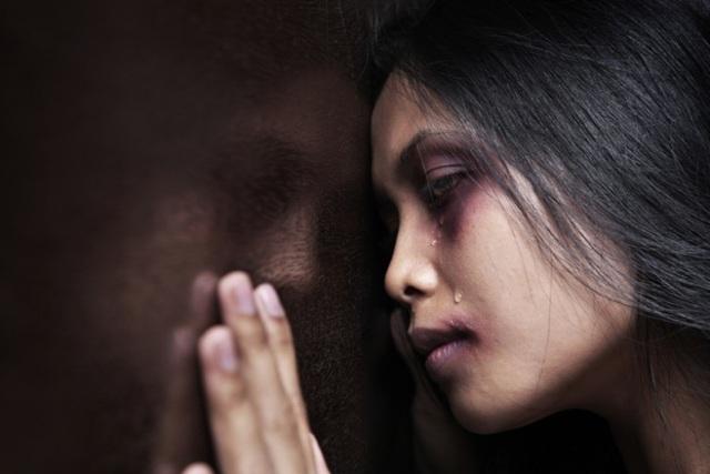 Bị bạn trai bạo hành, cô gái mù một mắt và chỉ còn 20% thị lực ở mắt còn lại - 3