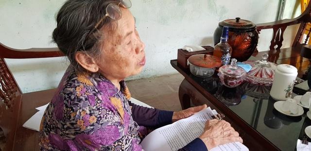 Cụ bà 80 tuổi còng lưng đi đòi công lý suốt 18 năm tại Nghệ An! - 16