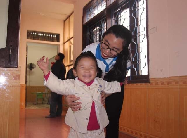 Chuyện về những tình nguyện viên áo blouse trắng thành Vinh - 2