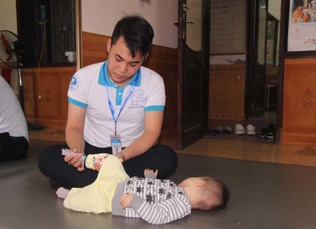 Chuyện về những tình nguyện viên áo blouse trắng thành Vinh - 3