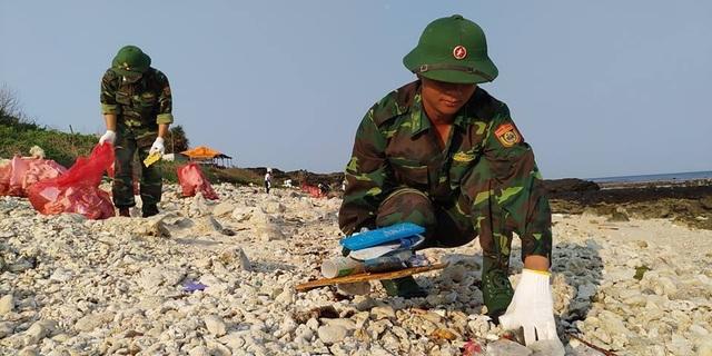 Tuổi trẻ Quảng Ngãi vì một Lý Sơn không rác thải nhựa - 2