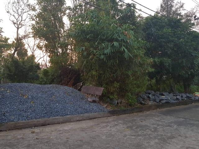 Quảng Bình: Người dân tố gia đình phó công an huyện ngang nhiên lấn chiếm đất công  - 4