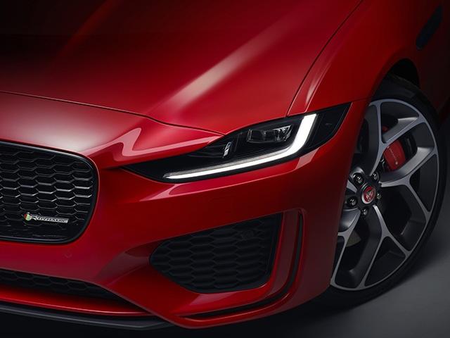 Hơn 1 tỉ ở Anh, Jaguar XE mới về Việt Nam sẽ có giá bao nhiêu? - 4