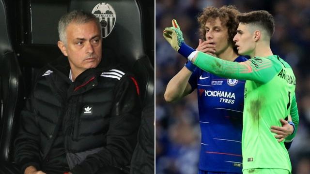 Mourinho lên tiếng về hành động chống lệnh HLV của thủ môn Chelsea - 1