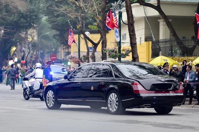Ngắm cặp đôi xe Mercedes-Benz và Maybach chở anh em Chủ tịch Kim Jong-un - 12