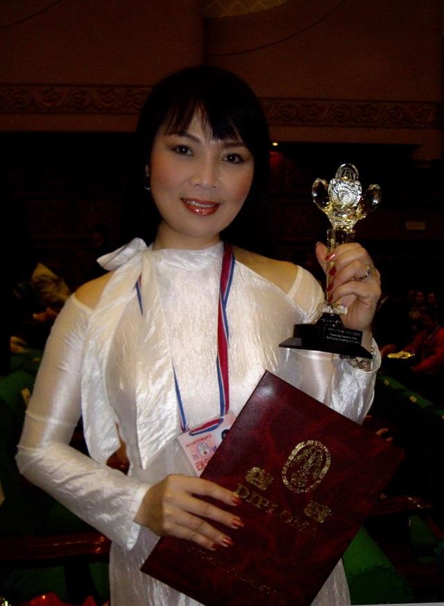 NSND Quang Thọ, Thái Bảo kể kỷ niệm khó quên khi biểu diễn ở Triều Tiên - 4