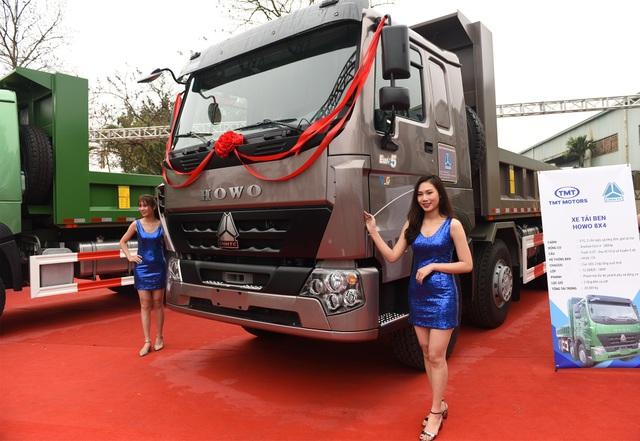 Hợp tác với Sinotruk, TMT ra mắt xe tải chuẩn khí thải Euro 5 - 2