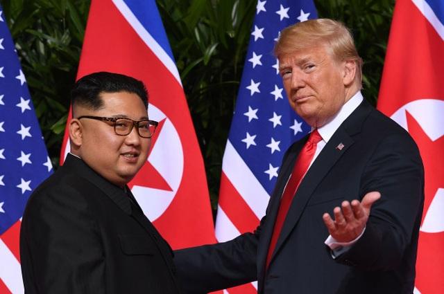 Nhà Trắng thông báo lịch làm việc hôm nay của Trump và ông Kim tại Hà Nội - 1