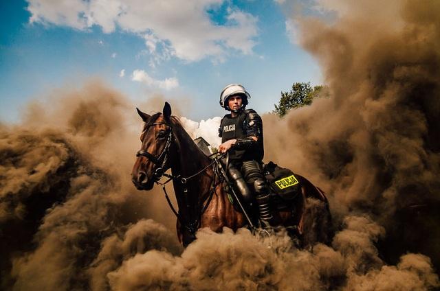 Tác phẩm của người Việt lọt top ảnh ấn tượng trong cuộc thi nổi tiếng nhất thế giới - 11