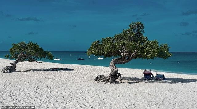15 bãi biển đẹp nhất thế giới năm 2019 theo bình chọn của TripAdvisor - 3