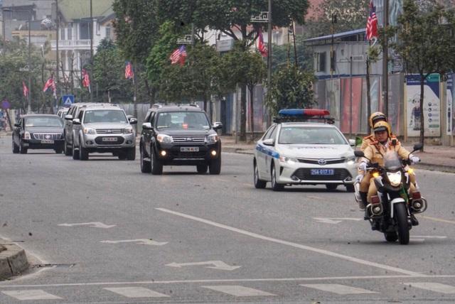Tổng thống Donald Trump rời Hà Nội sớm hơn dự kiến gần 3 tiếng - 1