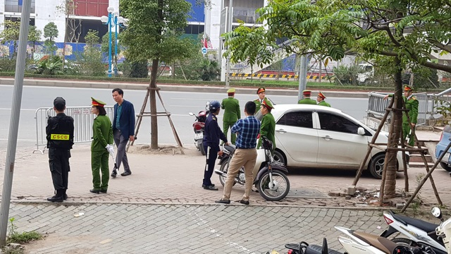 Tổng thống Donald Trump rời Hà Nội sớm hơn dự kiến gần 3 tiếng - 9