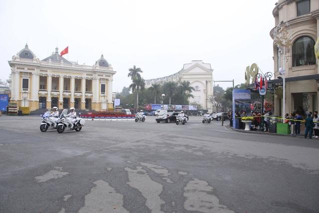 Tổng thống Mỹ và Chủ tịch Triều Tiên đến Metropole họp Hội nghị thượng đỉnh - 2