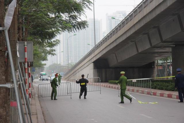 Tổng thống Donald Trump rời Hà Nội sớm hơn dự kiến gần 3 tiếng - 4