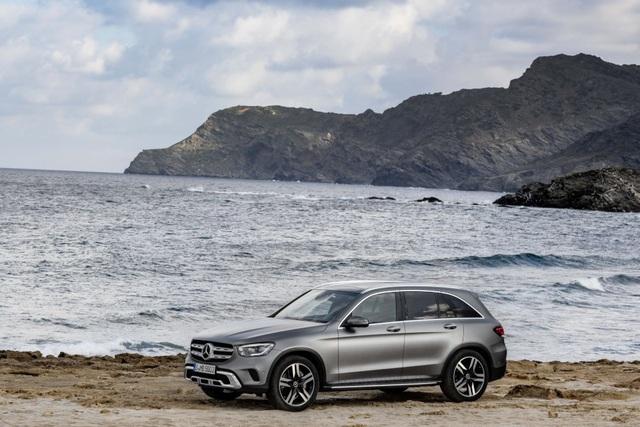 Mercedes-Ben GLC được trang bị động cơ mới - 7