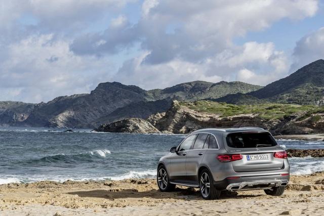 Mercedes-Ben GLC được trang bị động cơ mới - 8