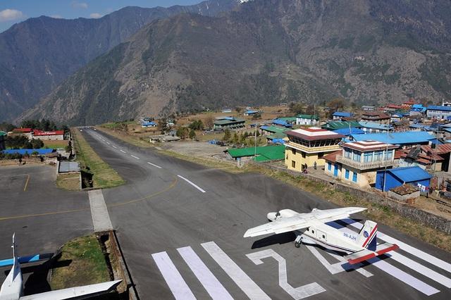 Bộ trưởng du lịch Nepal tử nạn vì máy bay rơi - 3