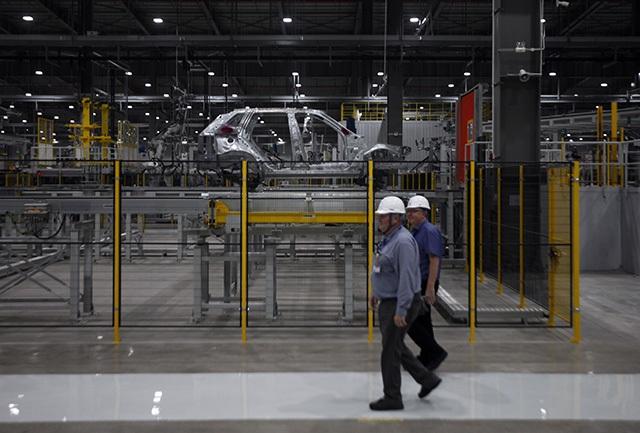 """""""Đột nhập"""" nhà máy VinFast trước ngày chạy thử - 8"""