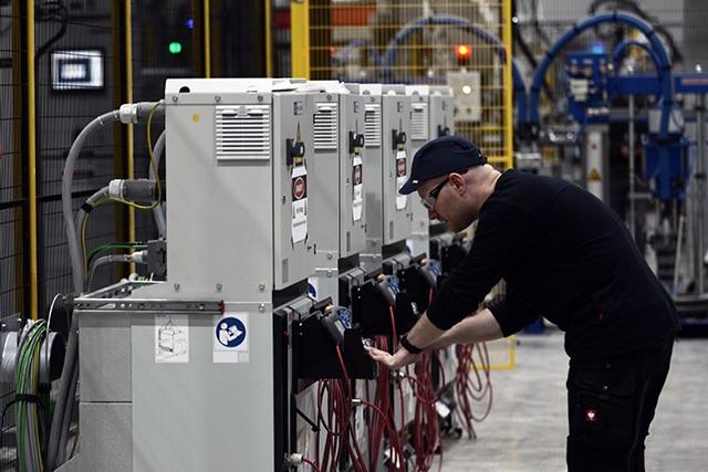 """""""Đột nhập"""" nhà máy VinFast trước ngày chạy thử - 11"""