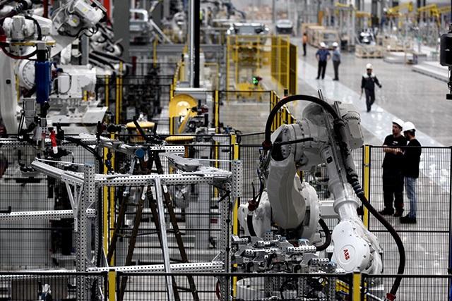 """""""Đột nhập"""" nhà máy VinFast trước ngày chạy thử - 5"""