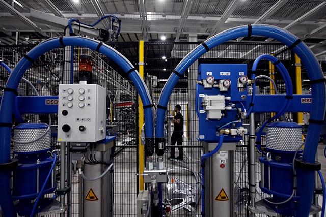 """""""Đột nhập"""" nhà máy VinFast trước ngày chạy thử - 13"""