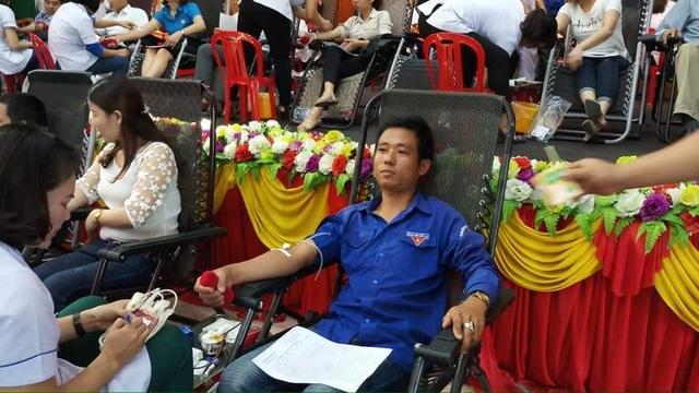 Hà Tĩnh: Thủ lĩnh Đoàn 17 lần hiến máu cứu người - 4