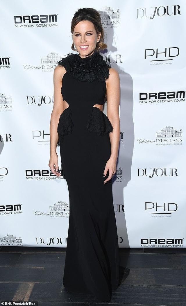Kate Beckinsale trẻ trung đáng kinh ngạc ở tuổi 46 - 6