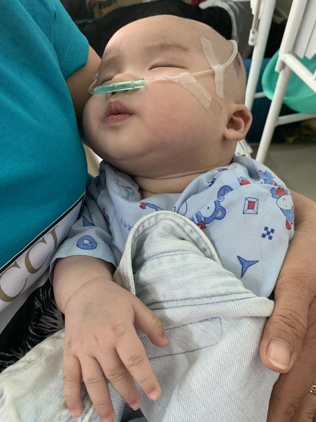 Bạn đọc Dân trí hỗ trợ nóng hơn 124 triệu đồng giúp cháu bé bị tim bẩm sinh, không lá lách - 4