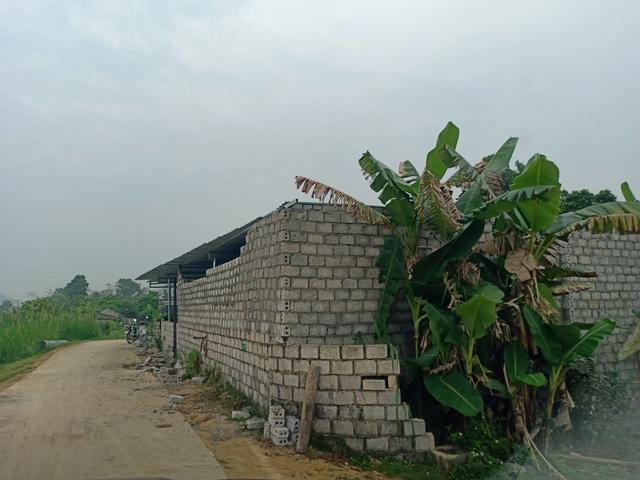 Dự án vừa có chủ trương, dân đua nhau xây nhà, cơi nới trái phép để được đền bù - 2