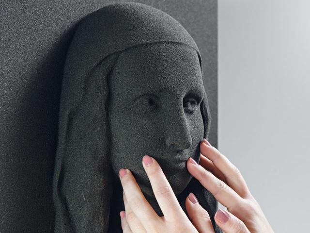 Cơ hội thường thức hội họa cho người khiếm thị với công nghệ tranh 3D - 3