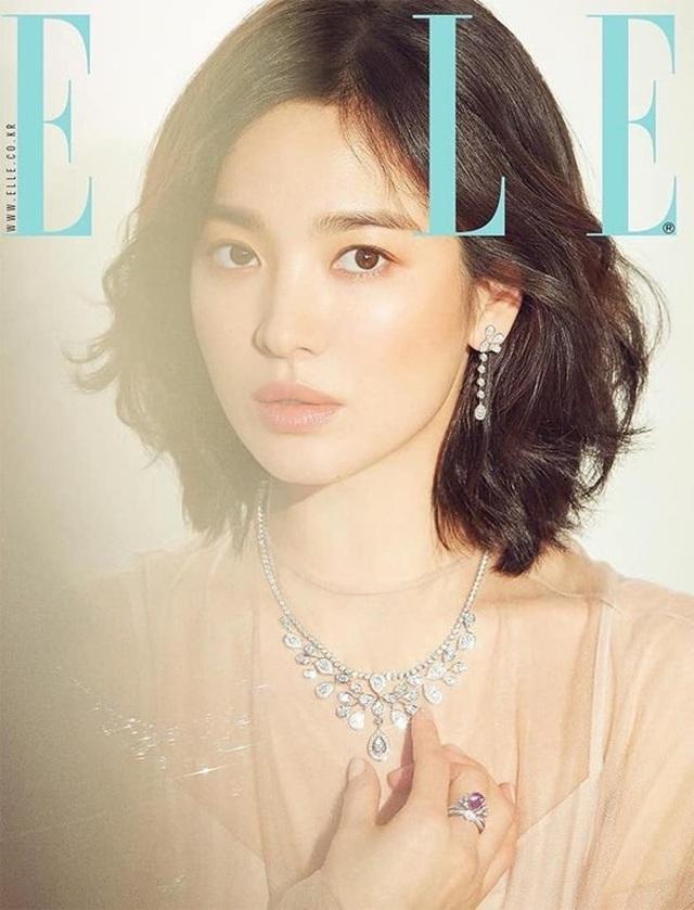 Giữa bão tin đồn ly dị, Song Hye Kyo tung ảnh đẹp lung linh và trả lời phỏng vấn