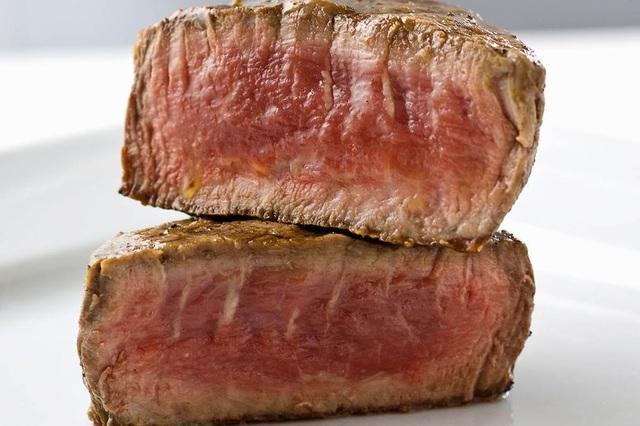 Thịt bò in 3D từ đậu và tảo có kết cấu như thịt thật - 1