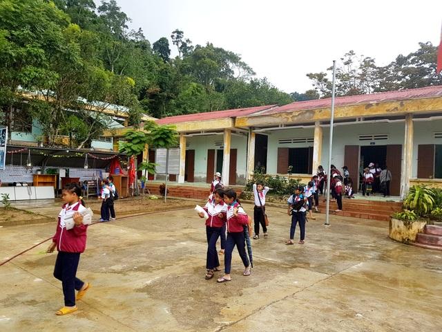 Học sinh miền núi Quảng Nam bỏ học sau Tết