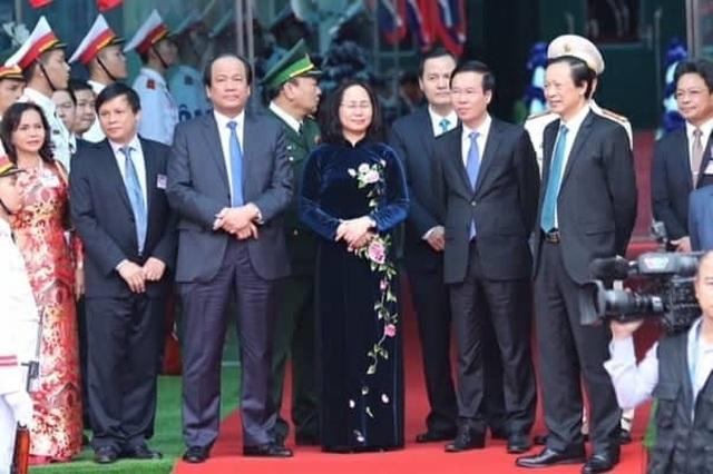 Chủ tịch Kim Jong-un vẫy tay chào Việt Nam, lên tàu về nước - 2