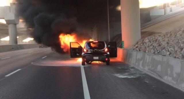 Hyundai và Kia lại gây chú ý vì lỗi cháy động cơ xe - 1