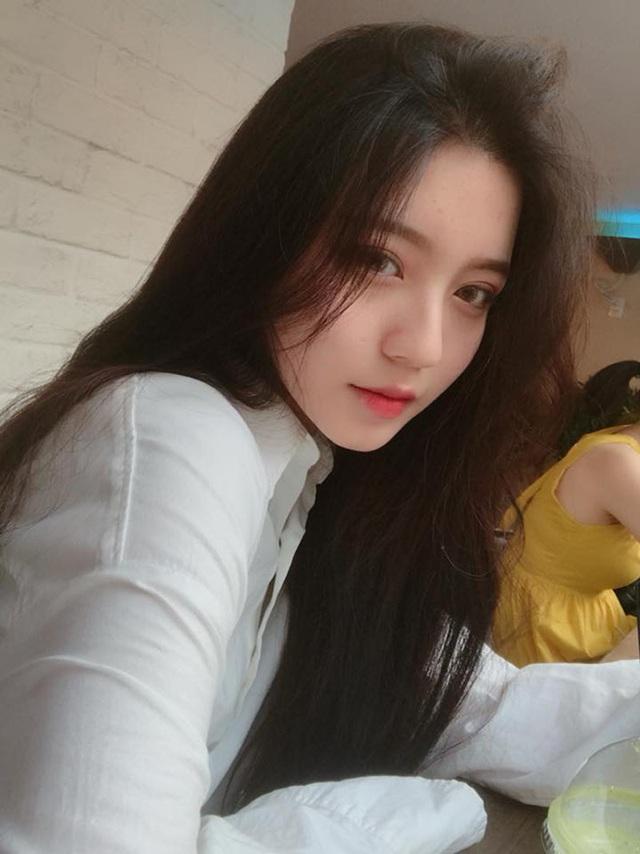 Cô gái Sài thành có góc nghiêng hoàn hảo hút đông đảo fans hâm mộ - 6