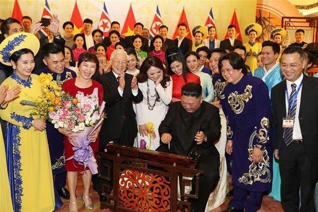 Ấn tượng về Chủ tịch Triều Tiên Kim Jong-un trong chuyến công du Việt Nam - 6