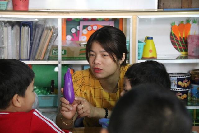 """Tâm sự của cô giáo nhận dạy trẻ chuyên biệt, từng mang tiếng... """"bị điên"""" - 4"""