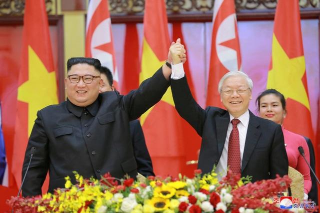 Truyền thông Triều Tiên đăng bộ ảnh ấn tượng về chuyến thăm Việt Nam của ông Kim Jong-un - 7