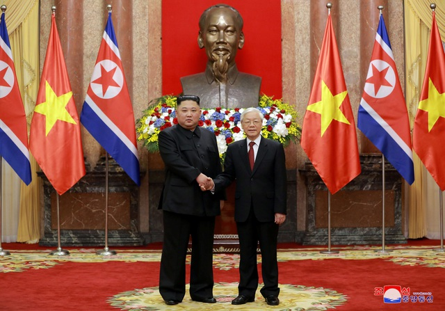Truyền thông Triều Tiên đăng bộ ảnh ấn tượng về chuyến thăm Việt Nam của ông Kim Jong-un - 3