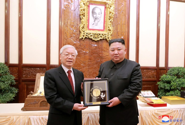 Truyền thông Triều Tiên đăng bộ ảnh ấn tượng về chuyến thăm Việt Nam của ông Kim Jong-un - 5