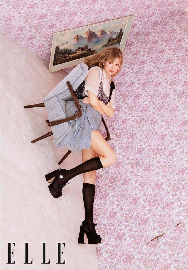 Taylor Swift xinh đẹp tái xuất  - 3