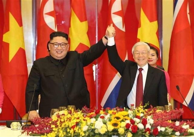 Chủ tịch Triều Tiên Kim Jong-un vào lăng viếng Chủ tịch Hồ Chí Minh - 2