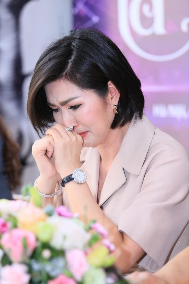 Sau scandal ảnh nhạy cảm, Nguyễn Hồng Nhung từng tự tử tại Mỹ - 3
