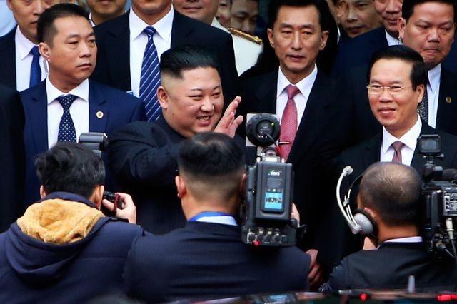 Tuần thượng đỉnh Trump – Kim kịch tính  - 1