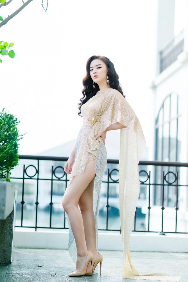 Người đẹp Hoa hậu Hoàn vũ 7 lần thi nhan sắc khoe đường cong nóng bỏng - 7