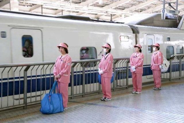"""""""7 phút"""" và câu chuyện đáng khâm phục trên mỗi chuyến tàu cao tốc Nhật Bản - 2"""