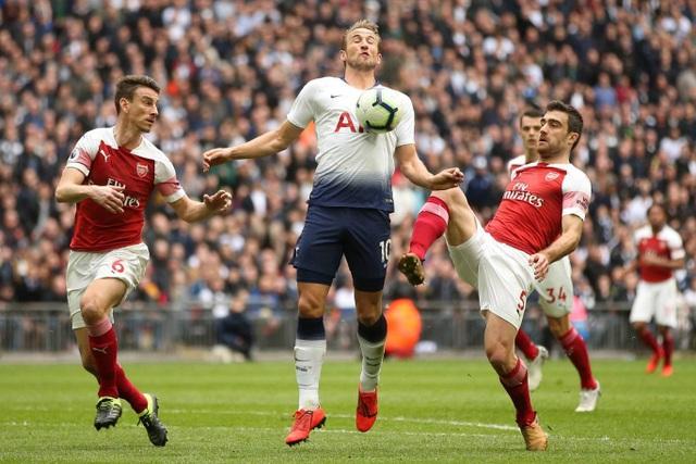 Nhìn lại trận hòa ghìm chân cả Tottenham lẫn Arsenal - 3